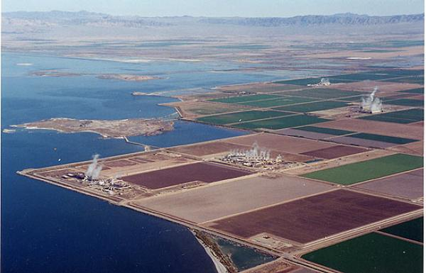 Salton Sea Geothermal Plants photo courtesy of Center for Land Use ...
